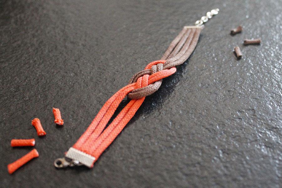 Ce bracelet noeud marin peut, aussi, être réalisé en fil de tricotin par  exemple ou adapté en collier, headband \u2026 Il n\u0027est pas toujours évident  d\u0027expliquer
